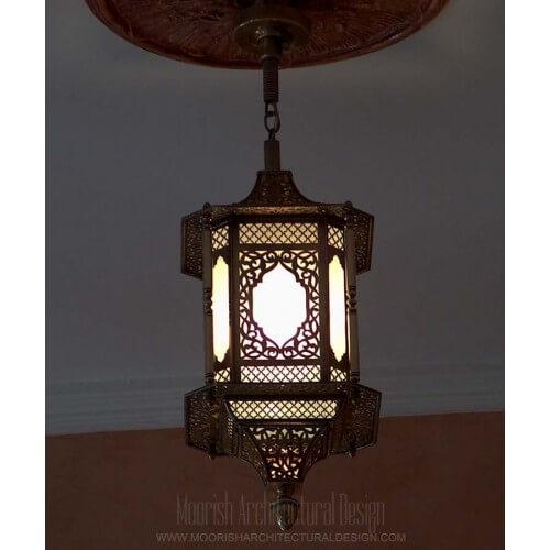 Traditional Moroccan Pendant 40