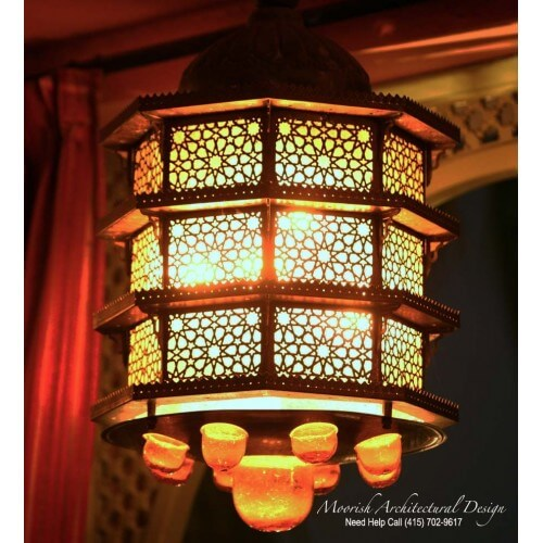 Traditional Moroccan Lantern 02