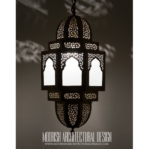 Traditional Moroccan Pendant 50
